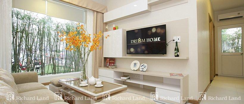 phong-khach-can-ho-dream-home-riverside-quan-8