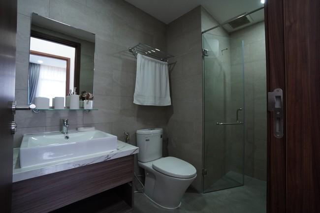toilet-nha-mau-c-sky-view